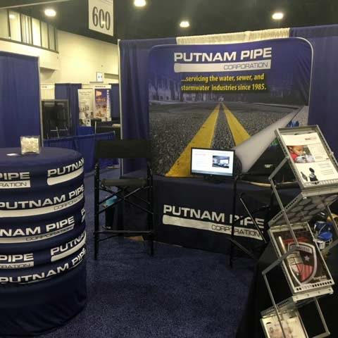 Putnam Pipe's booth display.